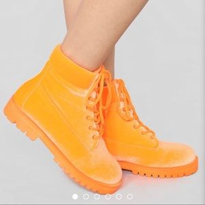 That Highlighter Though Boots
